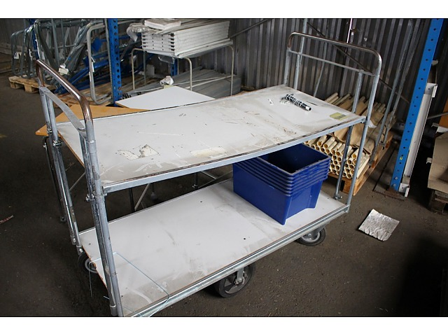 290285 Rullvagnar och avlastningsbord på hjul 5st PS Auction