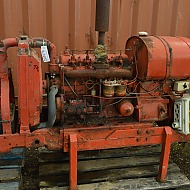 Dieseldrevet generator (fra ombygget traktor, David Brown)/  Dieselgenerator, sliten
