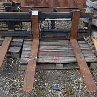 Pallegaffelsæt for truck eller gummihjulslæsser / pallgafflar till truck eller hjullastare