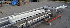 Drevet transportbånd til fødevareproduktion med metaldetector / Driven transportörer för livsmedel med metalldetektor